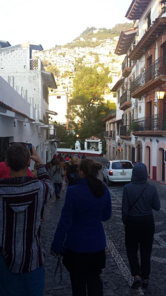 Sudraba pilsēta Taxco rīta saulē